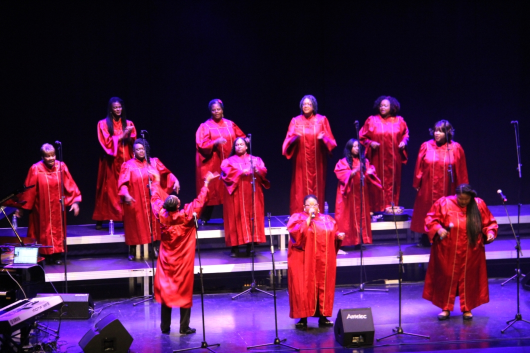 ALABAMA GOSPEL CHOIR CON VOCES FEMENINAS 17