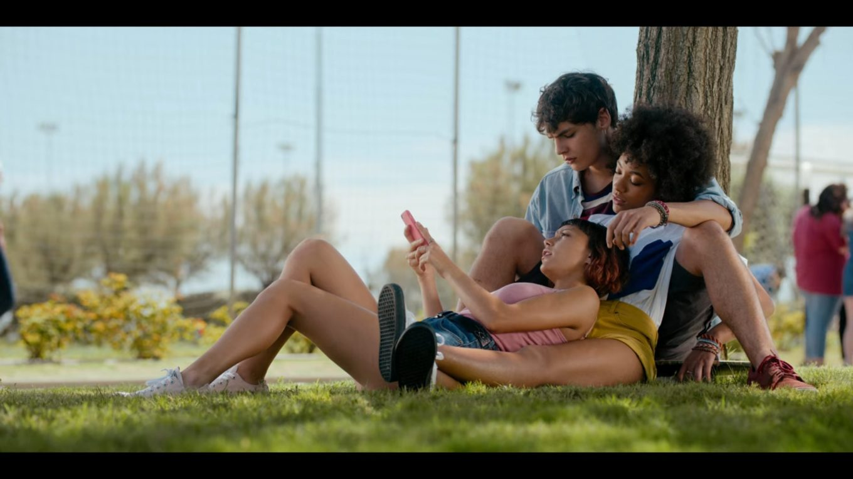 "Sofia-Edo-and-Summer-Summertime-Season-1-Episode-1-""I-Hate-Summer""-Series-Premiere-Netflix-scaled"